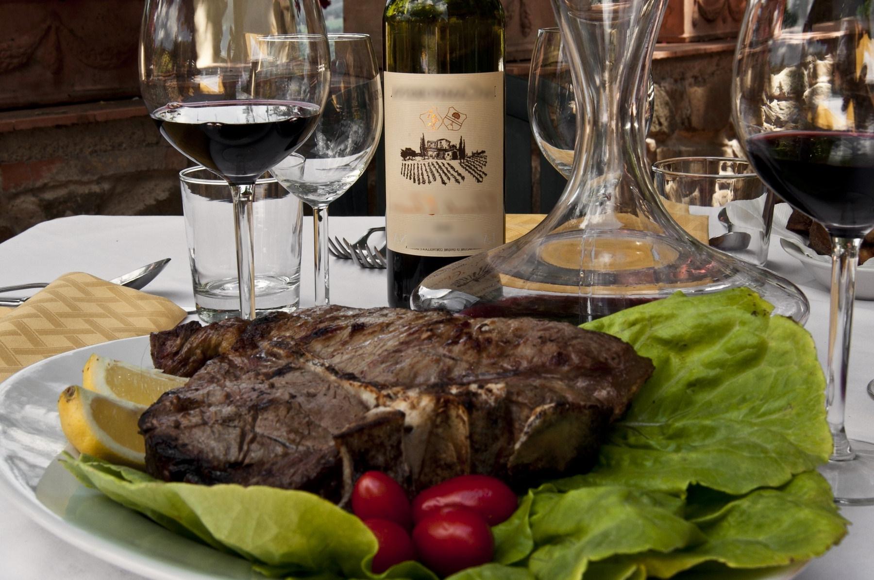 vinho encorpado harmonizado com carne