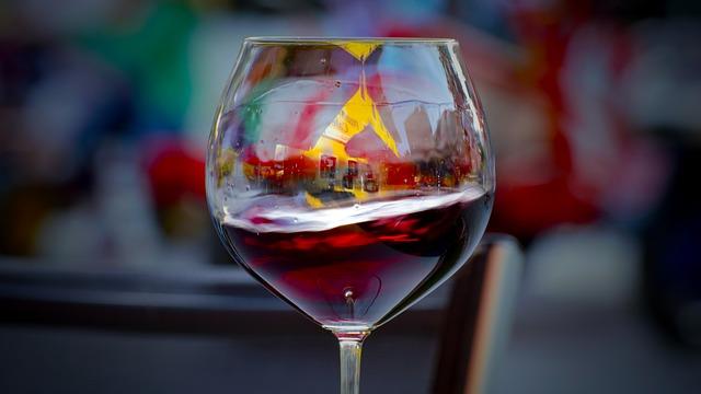 como escolher um bom vinho